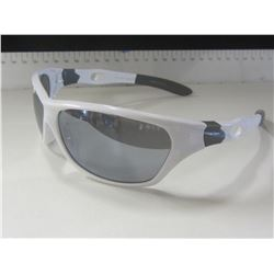 New Mens Foster Grant Sunglasses