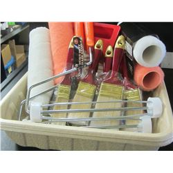 Huge New Painting Bundle / 2 trays / 2 rollers/ 4 rollerrefills / 6 paint brushes