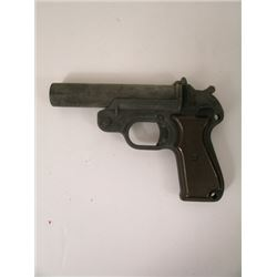 The Last Stand Lewis Dinkum (Johnny Knoxville) Gun Movie Props