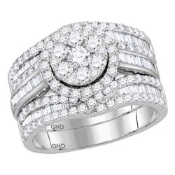 2.07 CTW Diamond Cluster Bridal Engagement Ring 14KT White Gold - REF-179H9M