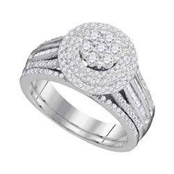 1 CTW Diamond Cluster Bridal Engagement Ring 10KT White Gold - REF-82W4K