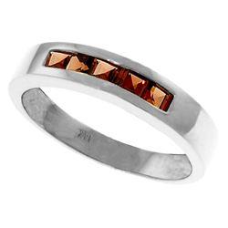 Genuine 0.60 ctw Garnet Ring Jewelry 14KT White Gold - REF-46Z2N