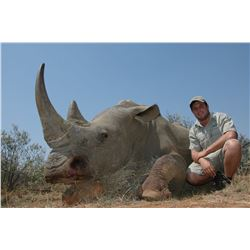 5 day White Rhino darted hunt in South Africa for 1 hunter