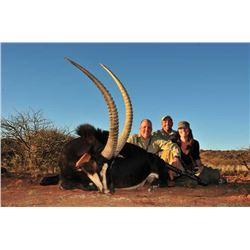 WINTERSHOEK: 7-Day Roan OR Sable Hunt for One Hunter and One Non-Hunter in South Africa
