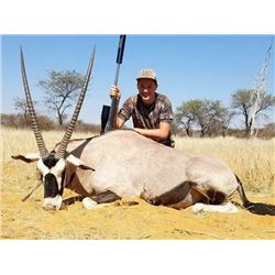 HIGH MOUNTAIN: 6-Day Plains Game Safari for One Hunter and One Non-Hunter in Namibia