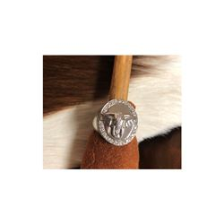 AVANTI Gents 14K White Gold Elephant Ring with Diamonds