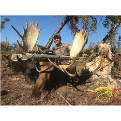 GARRETT BROS: Fly-In Moose Hunt for One Hunter in Alberta, Canada - Includes Trophy Fee