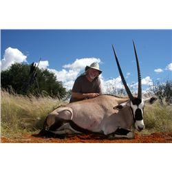 KALAHARI: 7-Day Plains Game Safari for One Hunter and One Non-Hunter  in Namibia - Includes