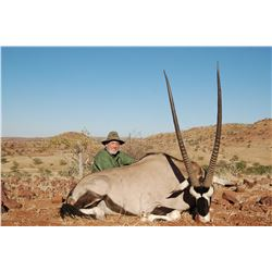 OMUJEVE: 7-Day Plains Game Safari for Two Hunters/Two Non-Hunters in Namibia - Includes Trophy Fees