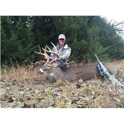 ORIGINAL KANSAS: 5-Day Whitetail Deer Hunt for One Hunter in Kansas - Includes Trophy Fee