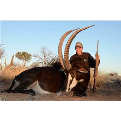 MOLOPO KALAHARI: 10-Day Cape Buffalo, Sable and Plains Game Hunt for Two Hunters/One Observer in SA