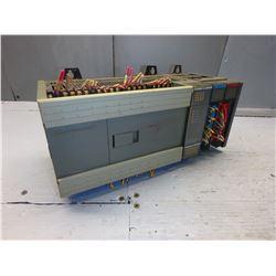 ALLEN BRADLEY 1747-L40C SLC 500 PROCESSOR UNIT 40 I/O W/ 2 MODULES