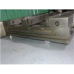 Set (2) of Double Clamp Vise 6'' GS TLD60G