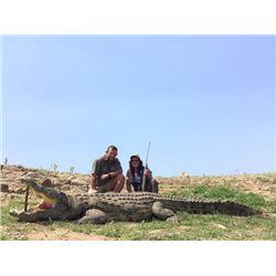7-day Mozambique Nile Crocodile Hunt for One Hunter and One Non-Hunter