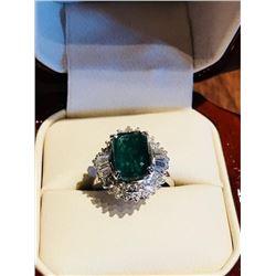 One Ladies Platinum Estate Ring