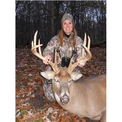 4-day Michigan Whitetail Hunt for One Hunter and One Observer