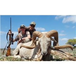 Y.O. RANCH HEADQUARTERS Youth Hunt for 1 Hunter Under 13 years Old and 1 Adult Non-Hunter for Black