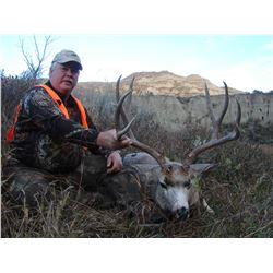 2 - DAY GUIDES CHOICE MANAGEMENT HUNT FOR MULE DEER FOR 1 HUNTER & 1 NON-HUNTER