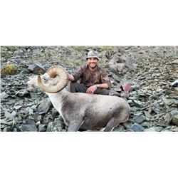 13 - DAY STONE'S SHEEP HUNT IN BRITISH COLUMBIA FOR 1 - HUNTER