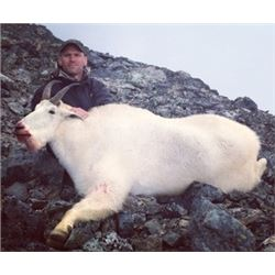 9-DAY COASTAL MOUNTAIN GOAT HUNT