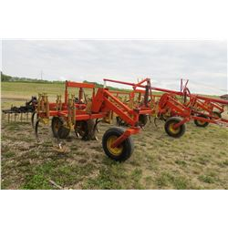 BOURGAULT FH536-42' CULTIVATOR