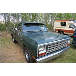 1982 DODGE 150 CUSTOM