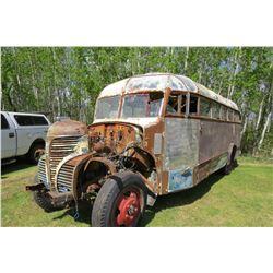 1946 FARGO BUS