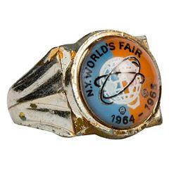 New York World's Fair Souvenir Ring.