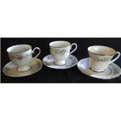 6 Noritake cup and saucer sets
