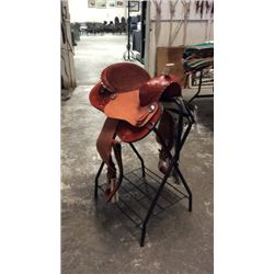 "15"" Double T Chestnut Barrel Saddle"