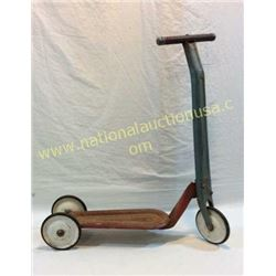 Hamilton Greyhound Scooter