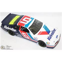 1:18 NASCAR DIE CAST VALVOLINE.