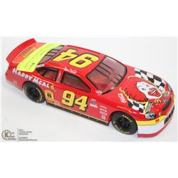 1:24 NASCAR DIE CAST BILL ELLIOT MCDONALDS.