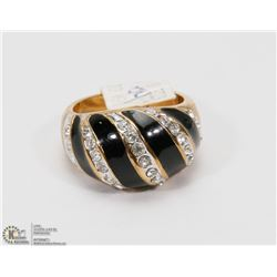 CZ STONES, GOLD PLATED RING SIZE 8