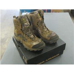 Under Armour Mens size 11.5 waterproof / msrp = 179.00