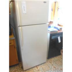 Whirlpool Refrigerator / Freezer / Works