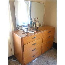 Vintage Freemont 4 PC Bedroom Suite