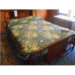 Bundle Lot / Vintage Metal Coilspring Bed / Metal Cot