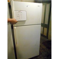 Roper Refrigerator Freezer /Works