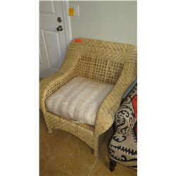 Woven Wicker Arm Chair w/Seat Cushion