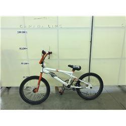 WHITE AND ORANGE NO NAME BMX BIKE