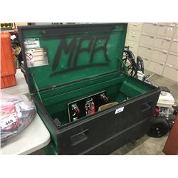 LARGE STEEL ROLLING JOB BOX WITH CONTENTS INC. ASSORTED TOOLS