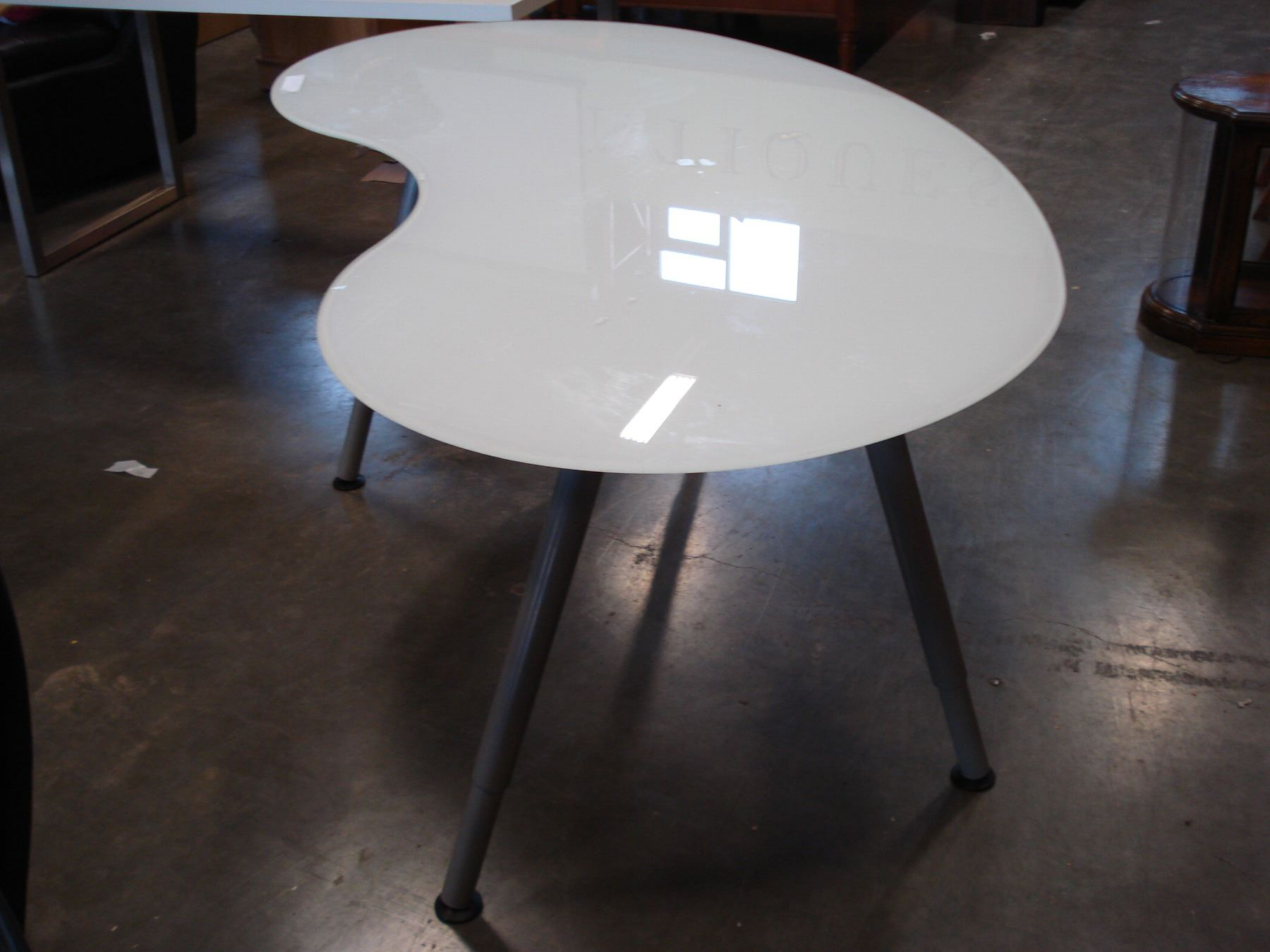 Ikea Kidney Shape Frosted Glass Top Desk With Adjustable Legs