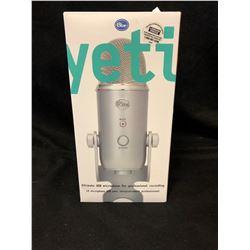 Blue Microphones Yeti Professional USB Condenser Microphone - Silver W/Box