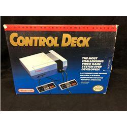 1985 NES BOX Nintendo Entertainment System Control Deck NES-001 (IN ORIGINAL BOX)