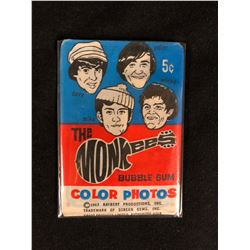 VINTAGE 1967 SEALED WAX PACK  THE MONKEES BUBBLE GUM COLOR PHOTO CARDS