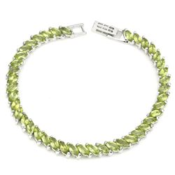 Natural Top Rich Green Peridot  82 Cts Bracelet