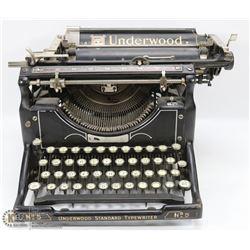 ANTIQUE UNDERWOOD TYPEWRITER 1920'S MODEL