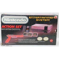 72) BOXED 1988 NINTENDO ACTION SET ENTERTAINMENT