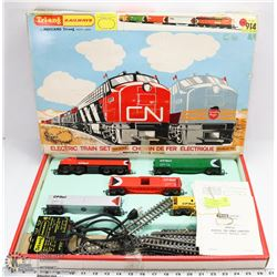 75) VINTAGE BOXED MECCANO TRI-ANG RAILROADS